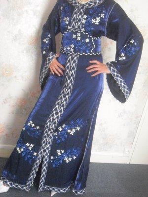 amazigh caftan bleu marine brode Caftan traditionnel  amazigh marocain