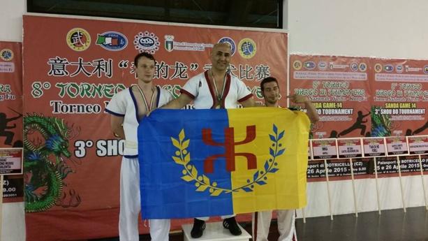 Le champion du monde de Shou Bo, Amazigh Zenia,